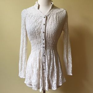 Lace Long Sleeve Gold Button Fitted Blouse